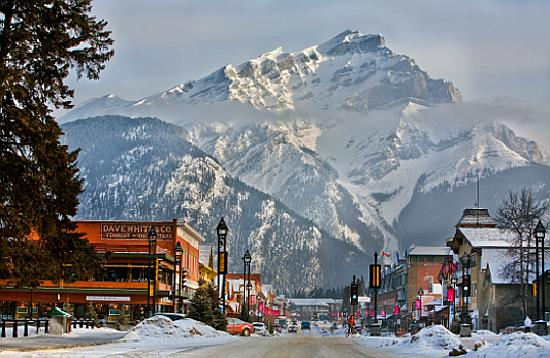 Banff (AB) Canada  city pictures gallery : Winter Snowboarding in Canada Compare Holiday Money