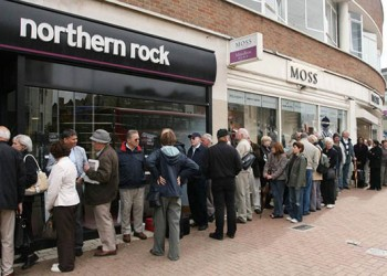 Thousands of people queuing outside Northern Rock trying to get their money back.