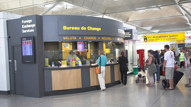 Top Tips on How to Compare Holiday Money - Never buy currency from the airport exchange bureau.