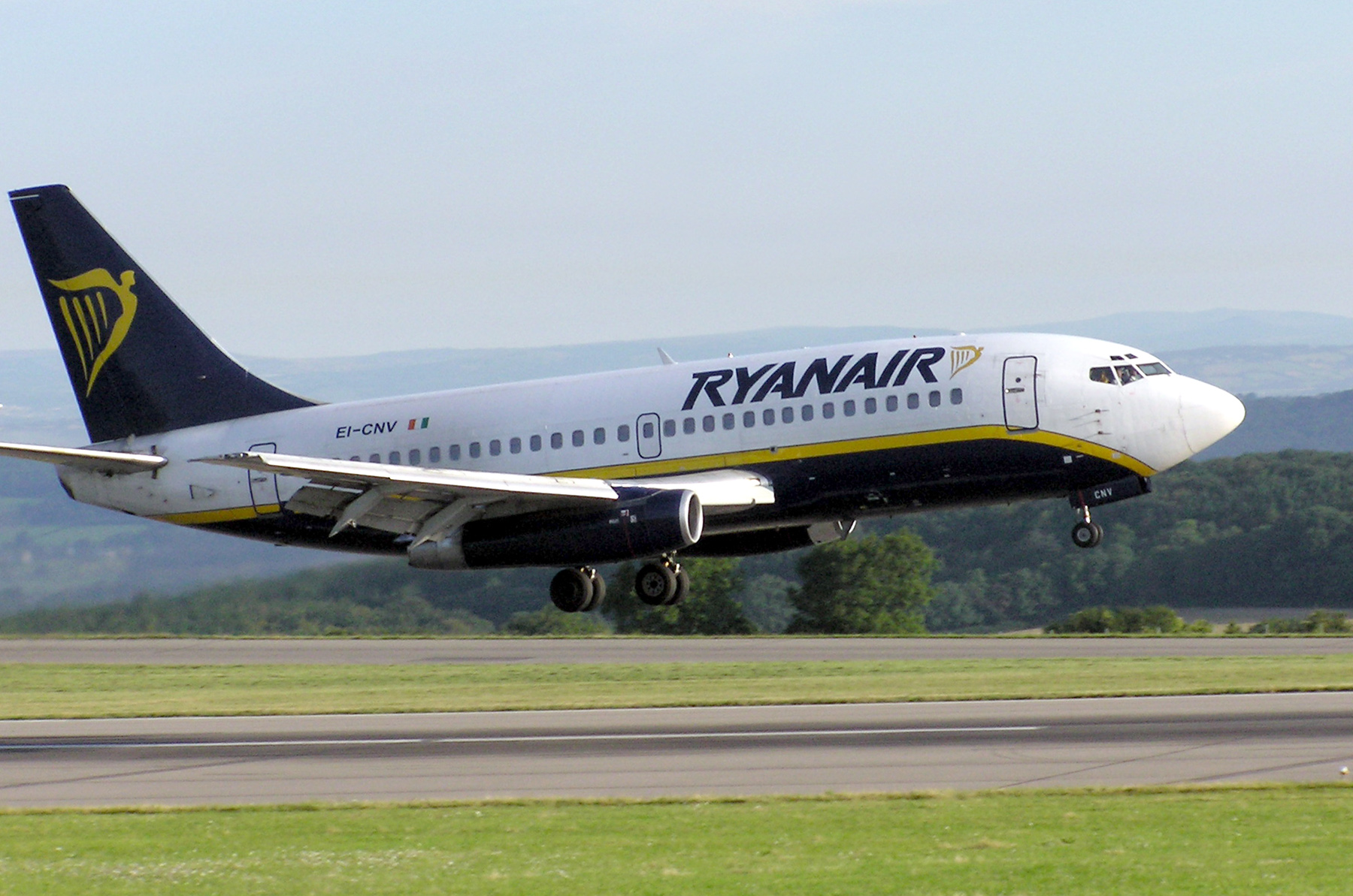 Ryanair among international airlines questioned over credit card charges