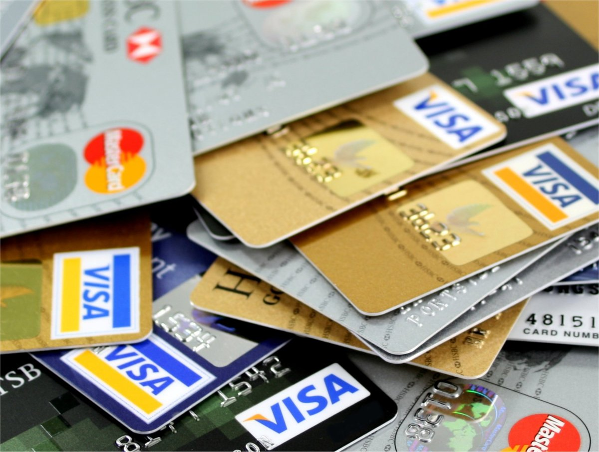 Thinking of Using your Credit Card to Exchange Currency?