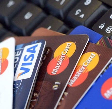 How do multi-currency cards work credit card image