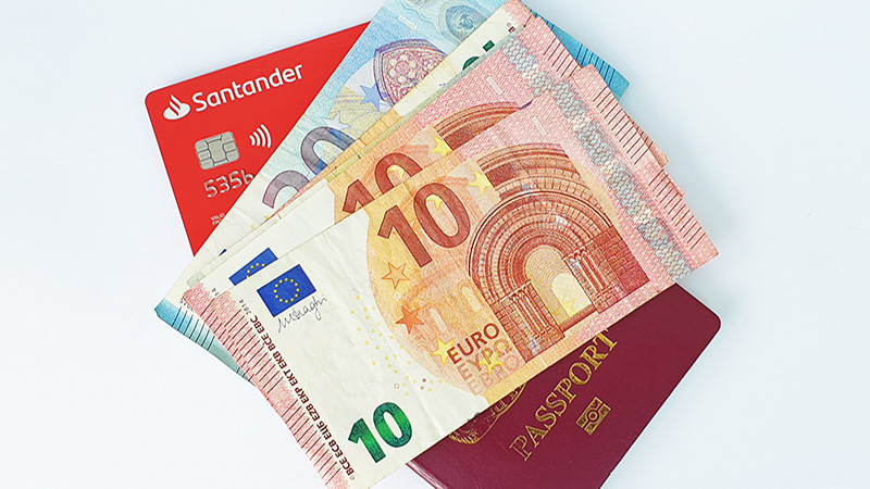 santander-currency-exchange-rates-2021-feature-image
